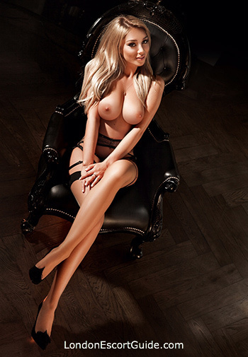 Kensington 200-to-300 Clarisse london escort