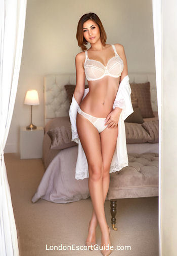 Bayswater 200-to-300 Izabela london escort