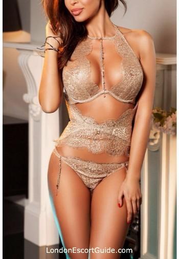 South Kensington brunette Alexa london escort