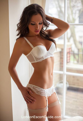 Notting Hill elite Taylor london escort