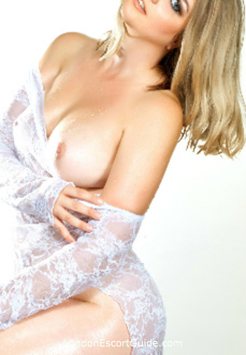 Euston blonde Lola London london escort