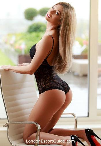Knightsbridge blonde Lilly london escort