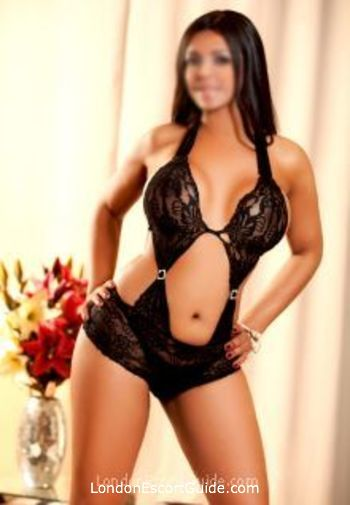 central london busty Manisha london escort