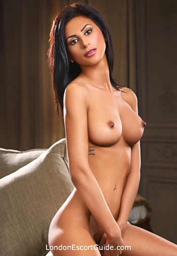 Bayswater 200-to-300 Sindy london escort
