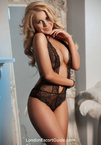 Paddington blonde Coco london escort
