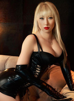 Chelsea blonde Adelly london escort