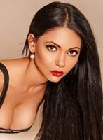 Mayfair busty Clarissa london escort