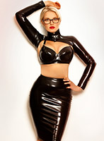 Mayfair pvc-latex Mistress Amelly london escort