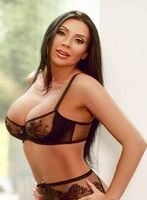 London escort 3326 angel leg small 1 553