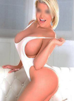 Marylebone blonde Harriet london escort