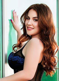 Marylebone brunette Alberta london escort