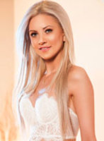 Bayswater blonde Lora london escort