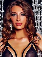 Chelsea brunette Alba london escort