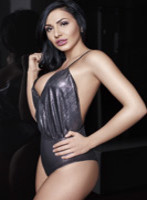 Bayswater busty Dina london escort