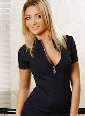 Victoria blonde Renna london escort