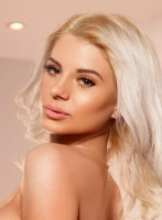Bayswater blonde Bella london escort