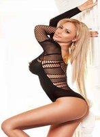 South Kensington blonde Sisi london escort