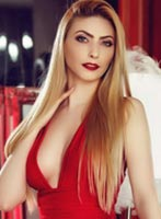 Bayswater blonde Nata london escort