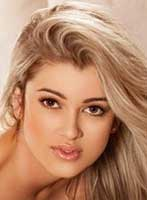 Mayfair blonde Sophia london escort