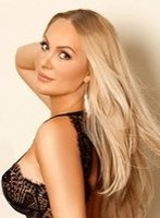 Edgware Road blonde Cecilia london escort