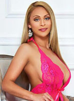 Queensway blonde Leyla london escort