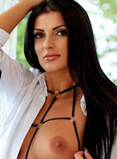 Marble Arch brunette Alma london escort