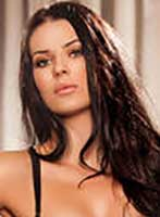 Bayswater brunette Maggie london escort