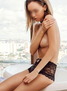 Earls Court 400-to-600 Ksenia london escort
