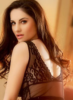 South Kensington brunette Andrea london escort