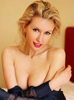Belgravia blonde Iris london escort