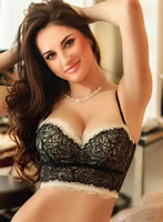 South Kensington brunette April london escort