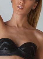 Earls Court brunette Yana london escort
