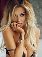 Knightsbridge blonde Danni london escort