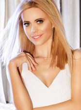 South Kensington blonde Katie london escort