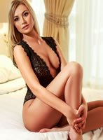 Paddington blonde Ellie london escort
