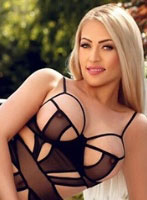 Knightsbridge blonde Aysel london escort