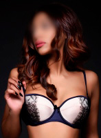 South Kensington busty Kyra london escort