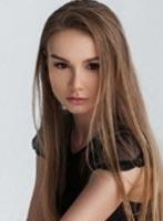 Knightsbridge brunette Sofia london escort