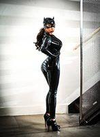Kensington 200-to-300 Mistress Carolina london escort