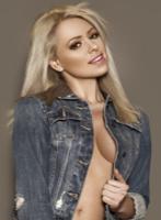 Mayfair blonde Velvet london escort