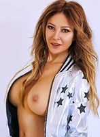 Knightsbridge busty Evana london escort