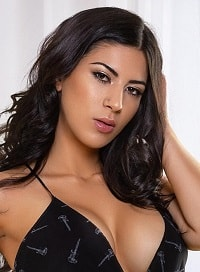 Central London 200-to-300 Nicole london escort