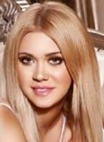 Bayswater blonde Selena london escort