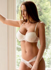 Bayswater brunette Allegra london escort