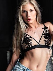 Kensington elite Nellya london escort