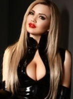 Bayswater blonde Mistress Concetta london escort