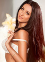 Bayswater brunette Alice london escort