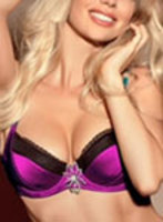 central london blonde Adrianna london escort