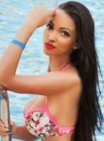 Marble Arch brunette Delilah london escort