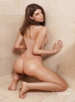 Kensington brunette Britta london escort